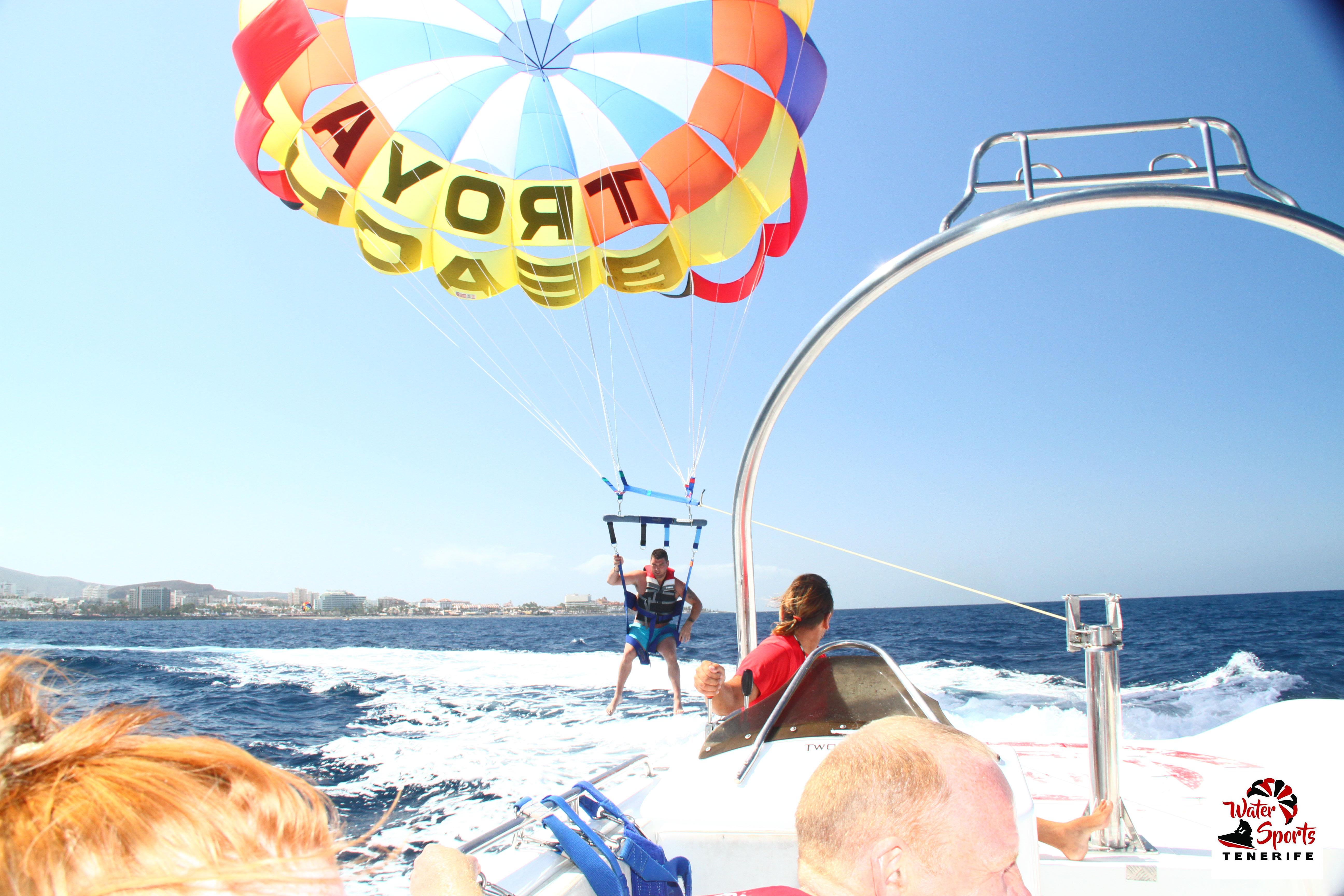 paracadute parascending paesaggio incredibile in adeje arona